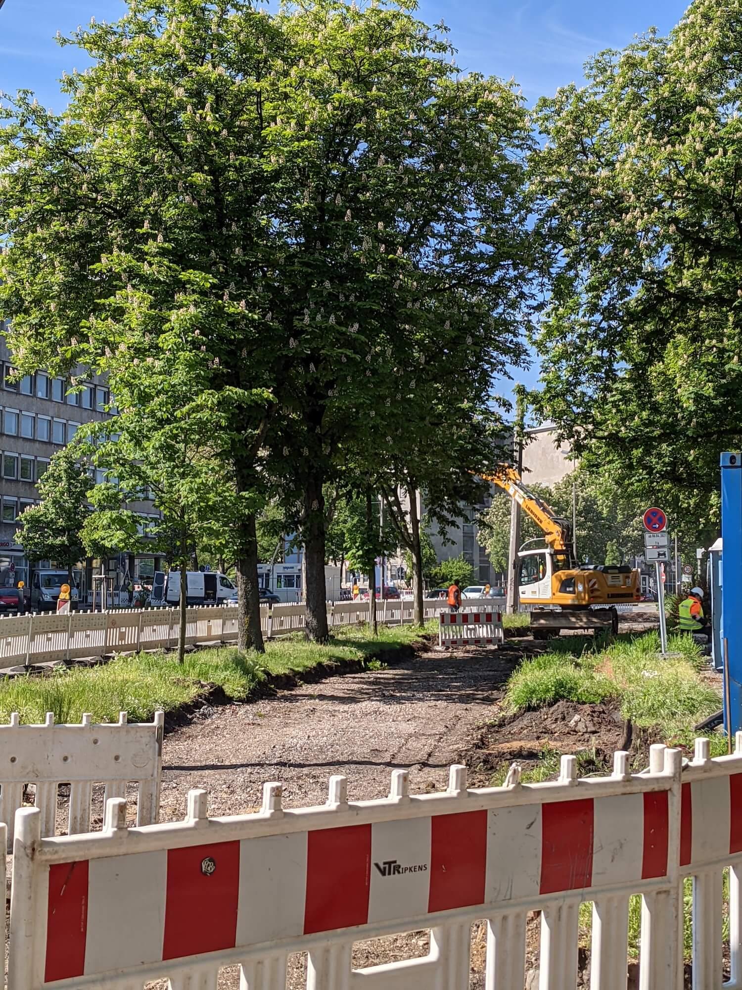 Bau am Dortmunder Radwall