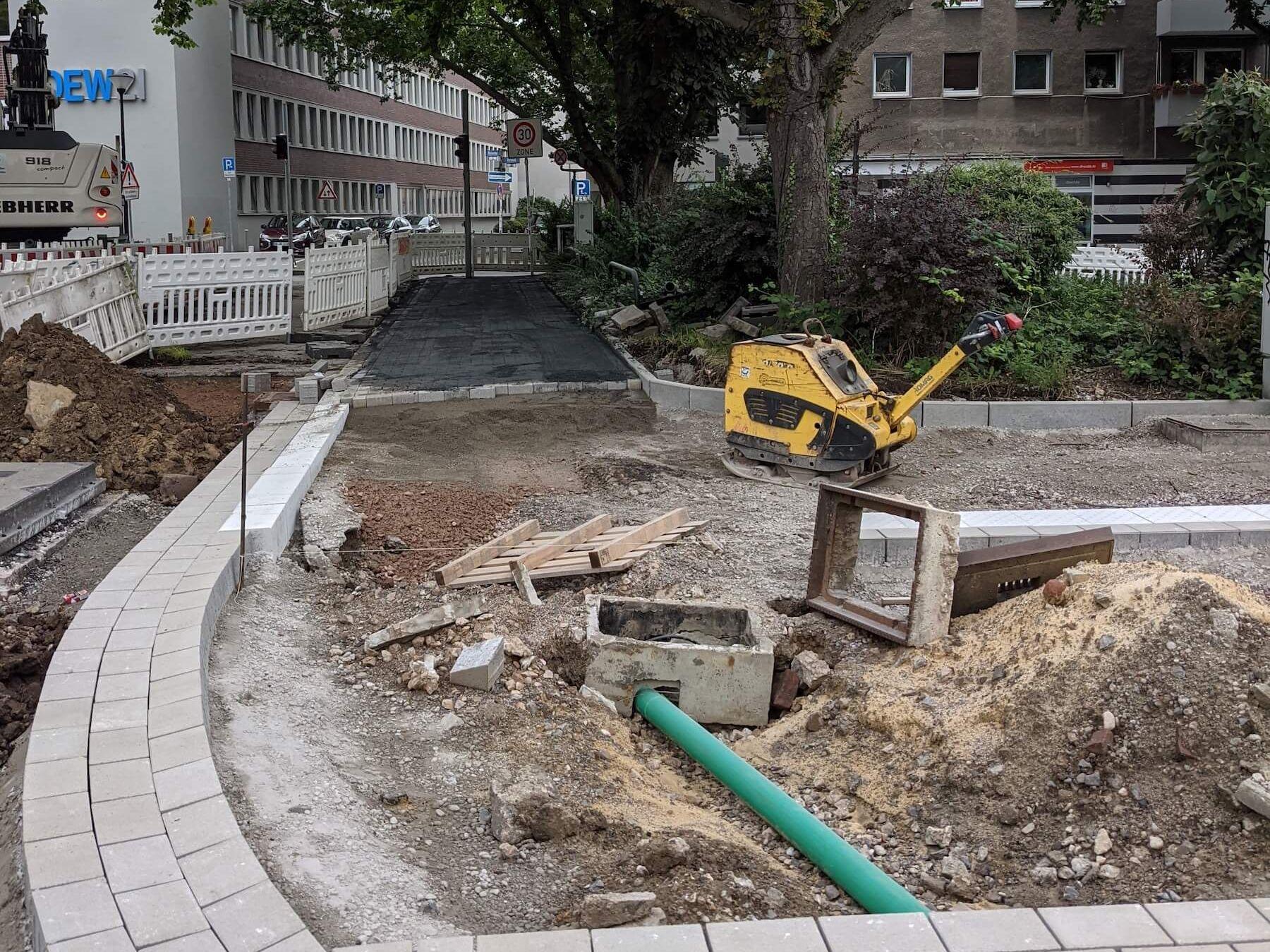 Baustelle im Einmündungsbereich des Ostwalls in die Straße Rosental